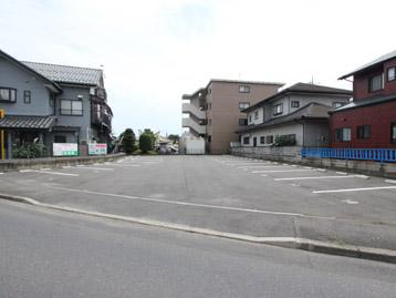 河和田二丁目中庭駐車場(水戸市)
